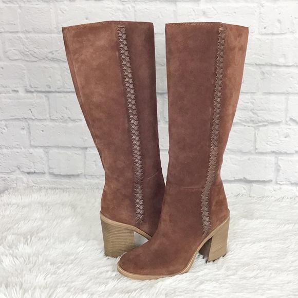 d37603e5267 NWT Ugg Maeva boots sz 7 & 7.5